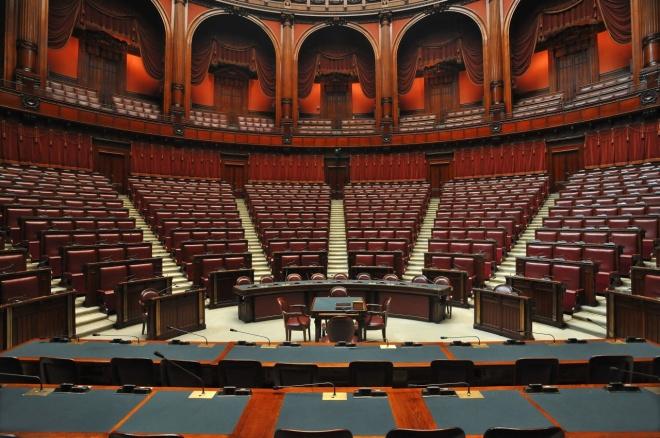 parlamento italiano crisi di governo.jpg